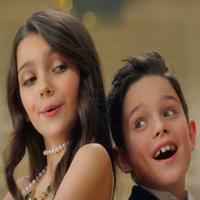 STAGE TUBE: Idina Menzel Debuts 'Baby It's Cold Outside' Music Video Featuring Michael Buble