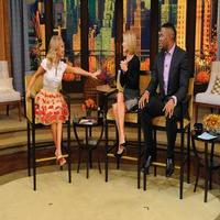 VIDEO: Kristin Chenoweth Talks Return to Broadway & More on Today's LIVE