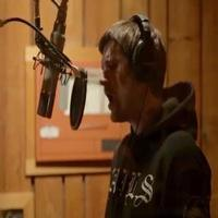 STAGE TUBE: Go Inside the Recording Studio with the Cast of THE LAST SHIP!