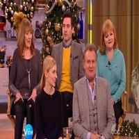 VIDEO: Hugh Bonneville & DOWNTON ABBEY Cast Talk New Season on 'The View'