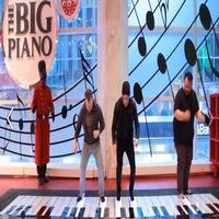 VIDEO: Nick Jonas Surprises Shoppers with 'Jealous' Performance on FAO Schwarz Piano