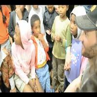STAGE TUBE: Bryce Pinkham Discusses Bringing Theatre to Children in Madagascar with Organization Zara Aina