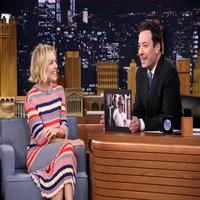 VIDEO: Sienna Miller Talks 'American Sniper' & More on TONIGHT
