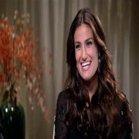 VIDEO: Idina Menzel Talks Singing Super Bowl National Anthem: 'This Is a Big Gig'