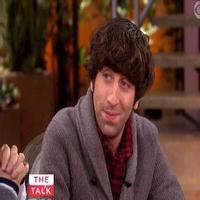 VIDEO: Simon Helberg Chats 'Big Bang Theory' on THE TALK