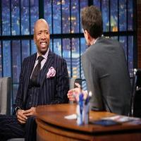 VIDEO: Kenny Smith Talks New Series 'Meet the Smiths' on LATE NIGHT