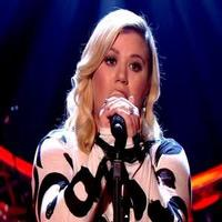 VIDEO: Kelly Clarkson Sings Latest Hit, 'Heart Beat Song' on the Graham Norton Show
