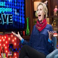 VIDEO: Jane Lynch Talks GLEE & More on Bravo's 'Watch What Happens'