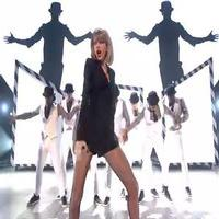 VIDEO: Taylor Swift Performs 'Blank Space' at BRIT AWARDS