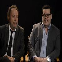 VIDEO: Watch THE COMEDIANS Star Josh Gad Use 'Olaf' to Get Out of Trouble