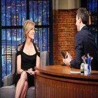 VIDEO: Felicity Huffman Talks 'American Crime' on LATE NIGHT