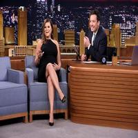 VIDEO: Tiffani Thiessen Talks 'Saved By the Bell' Spoof & More on TONIGHT SHOW