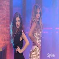VIDEO: First Look - Anna Kendrick Competes on Spike TV's LIP SYNC BATTLE with Help from J-Lo!