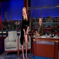 VIDEO: Amy Schumer Shows Off Her Body Parts on DAVID LETTERMAN