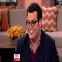 VIDEO: Josh Gad Talks New FX Series THE COMEDIANS on 'The Talk'