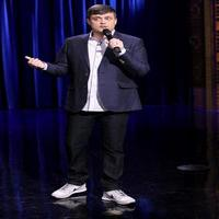 VIDEO: Nate Bargatze Performs Stand-Up on TONIGHT SHOW