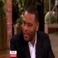 VIDEO: Anthony Anderson Dishes on 'Black-ish' & 'Barbershop 3' on THE TALK