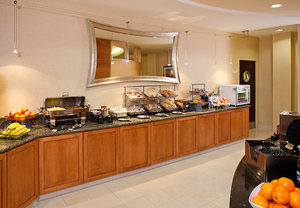 BWI Airport Hotel Now Offering Expanded Complimentary Breakfast