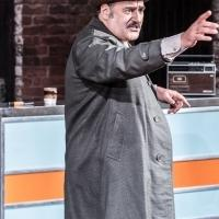 BWW Reviews: EAST IS EAST, Trafalgar Studios, October 15 2014
