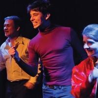 'El Disco de Cristal': m�sica, familia y nostalgia en el Teatro Lara