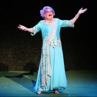 Review Roundup: DAME EDNA'S GLORIOUS GOODBYE - THE FAREWELL TOUR Opens in L.A.