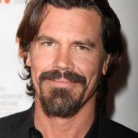 Josh Brolin Circling JURASSIC WORLD