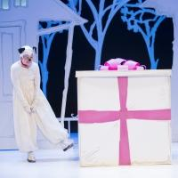 BWW Reviews: The Kennedy Center's THE GIFT OF NOTHING is the Perfect Holiday Treat for Families