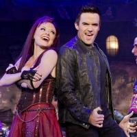 BWW Reviews: WE WILL ROCK YOU Carries on as if Nothing Really Matters