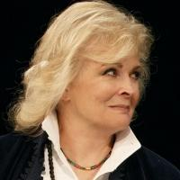 BWW Reviews:  Alda sends Bergen M*A*S*H Notes in LOVE LETTERS