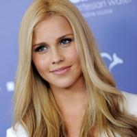 VAMPIRE DIARIES' Claire Holt to Star in Upcoming Thriller 47 METERS DOWN