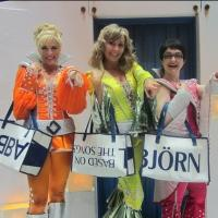 MAMMA MIA! Cast Receives Special Winter Garden-Themed Holiday Presents