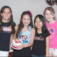 Photo Coverage: ANNIE Orphans Decorate Cakes at Make Meaning