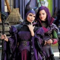 First Look - Kristin Chenoweth as 'Maleficent' in Disney Channel Original Movie DESCENDANTS