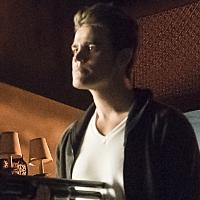 BWW Recap: THE VAMPIRE DIARIES Releases a 'Bird in a Gilded Cage'