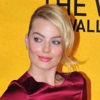 Fashion Photo of the Day 1/10/14 - Margot Robbie