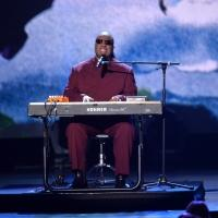 Chris Martin, Janelle Monae, Willie Nelson, Ed Sheeran & Usher Set for GRAMMY Tribute to Stevie Wonder