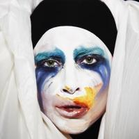 Lady Gaga, Robbie Williams Announce Tours Down Under!