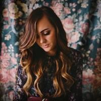Singer/Songwriter Emily Hearn Releases New Album 'Hourglass' Today
