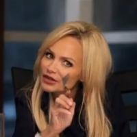 VIDEO: First Look - Kristin Chenoweth Stars in Upcoming Dramedy FAMILY WEEKEND