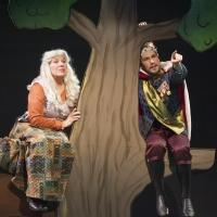 BWW Reviews: THE QUILTMAKER'S GIFT Extols the Virtue of Giving