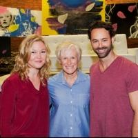 Photo Flash: Glenn Close Visits Julia Stiles at PHOENIX!