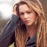 bergenPAC Welcomes Crystal Bowersox with Clara Lofaro Tonight