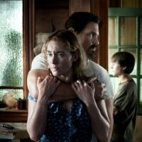 Photo Flash: First Look - Kate Winslet, Josh Brolin in Poster for LABOR DAY