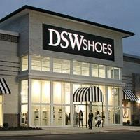DSW Designer Shoe Warehouse Opens New Store in Eatontown, NJ