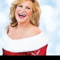 The Pacific Symphony Presents CHRISTMAS WITH SANDI PATTY This Weekend