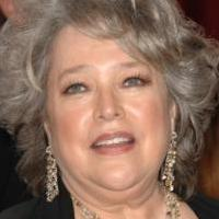 Kathy Bates Returning to CBS' MIKE & MOLLY