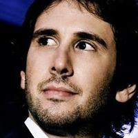 Josh Groban Performs From NOTRE DAME DE PARIS In French On STAGES