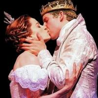 BWW Reviews: CINDERELLA's New Glass Slippers Are a Perfect Fit
