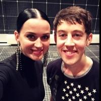 PHOTO: Katy Perry Visits Cast of Broadway's 'CURIOUS INCIDENT'