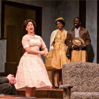 BWW Reviews: CLYBOURNE PARK - It's Not All Black and White